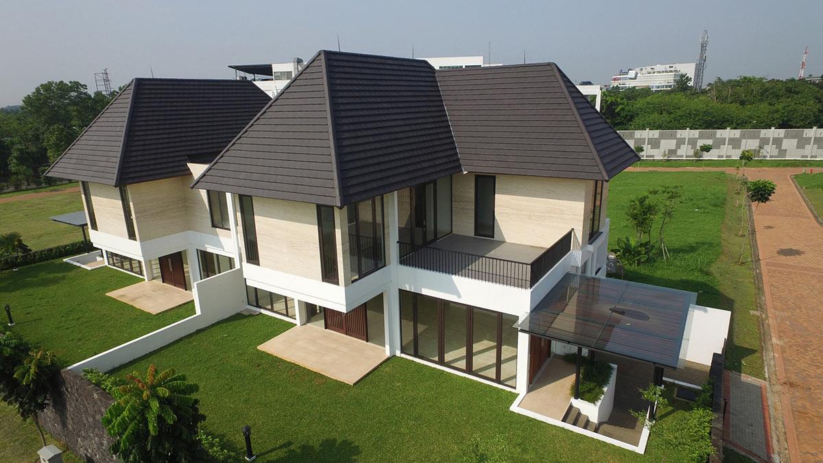 rumah dengan genteng kanmuri flat surabaya